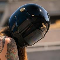 @stephbolam 📸 @willcarr 🎱 @hedonworkshop #zaragoza #quality #helmets