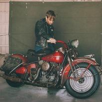 Dan Auerbach #perfectojacket & 1946 Harley Davidson FL #knucklehead @ironandair 📸 @alyssegafkjen